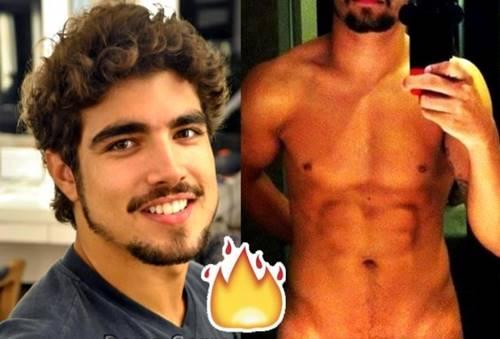 Fotos de Caio Castro pelado mostrando a rola