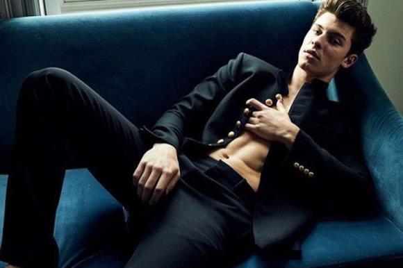 Fotos sensuais do cantor Shawn Mendes