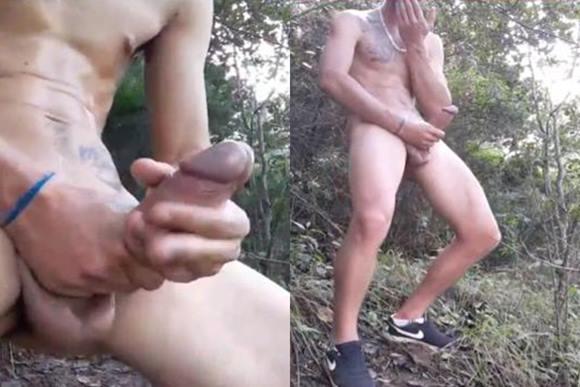 Moleque malandro se masturbando no mato